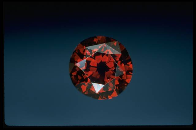 The De Young Red Diamond, National Gem Collection, The Smithsonian (Photo Credit: Chip Clark)